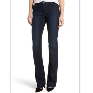 Joe's Jeans the Curvy Boot Cut Raylene Wash